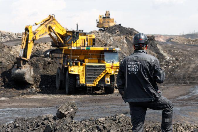 Учебные заведения Якутии начнут обучение кадров для компаний Эльгинского угольного комплекса